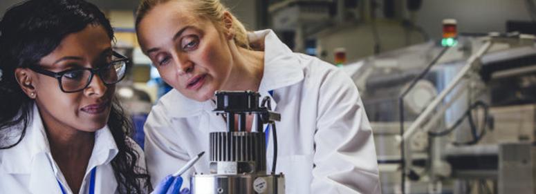 Brasil e Portugal tem a maior participação de mulheres autoras de artigos científicos - nacionalidade portuguesa