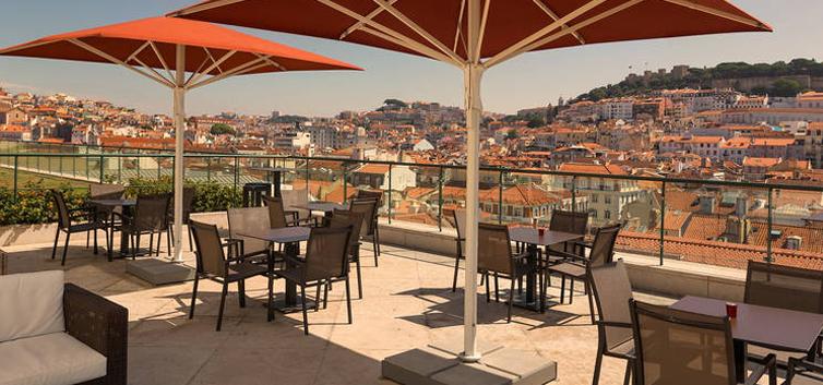 Entretanto Rooftop Bar do Hotel do Chiado - nacionalidade portuguesa