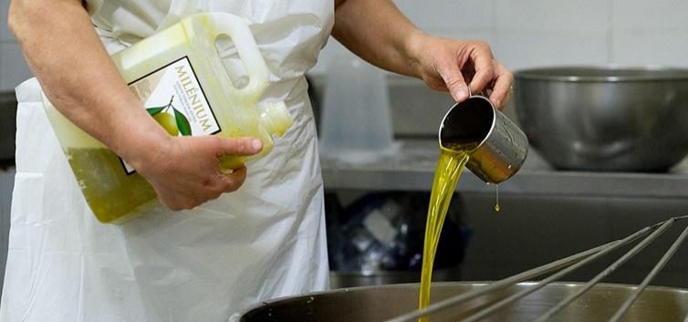 O azeite trasmontano é utilizado na produção de produtos locais - nacionalidade portuguesa