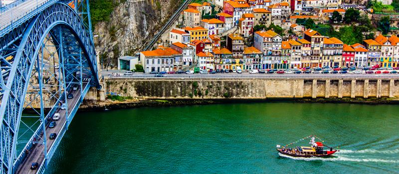 rio Douro em Porto - nacionalidade portuguesa