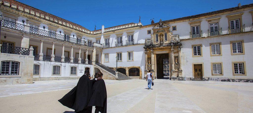 universidade de Coimbra - nacionalidade portuguesa