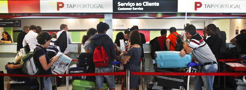 viajantes tem o seu próprio passaporte - nacionalidade portuguesa