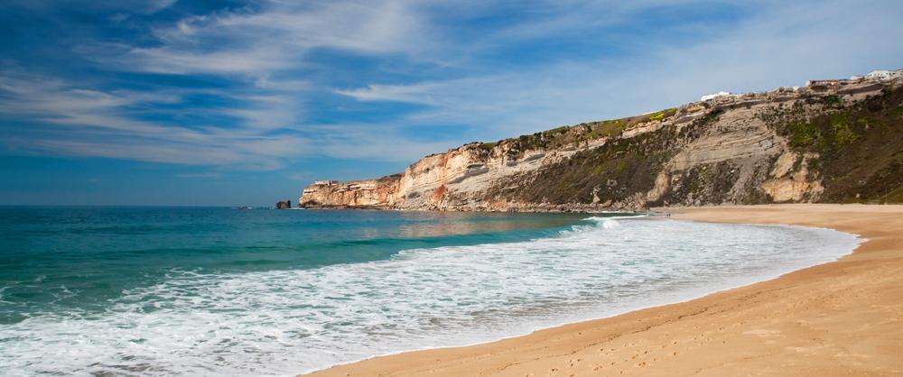 Praia de Nazaré - nacionalidade portuguesa