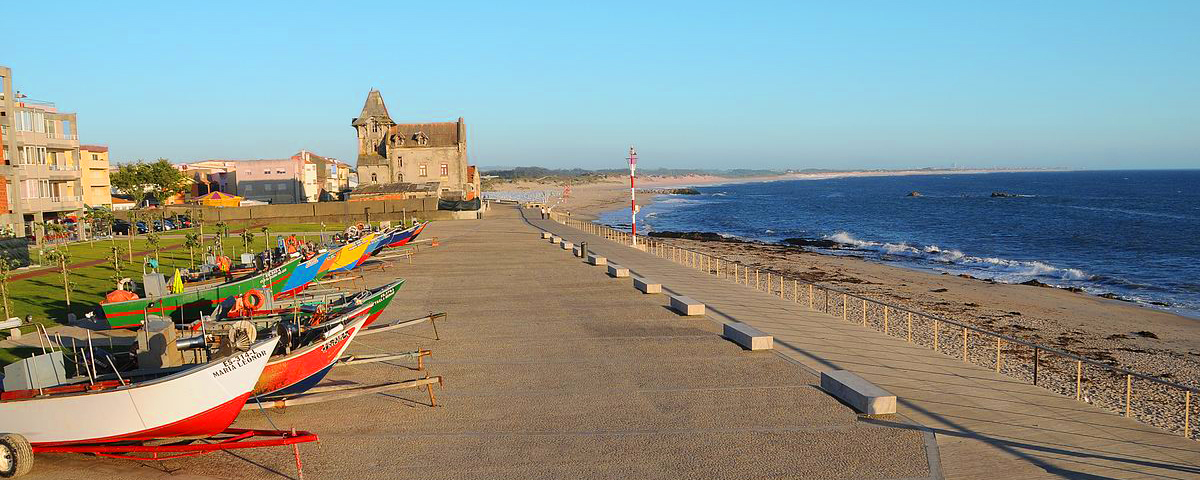 Praia da Apúlia - nacionalidade portuguesa