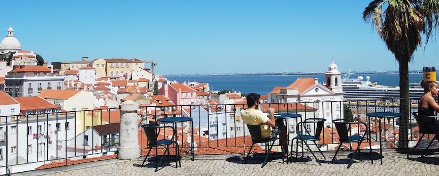 Sol de verão em Portugal - nacionalidade portuguesa