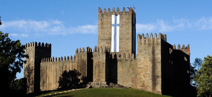 castelo de guimarães - nacionalidade portuguesa