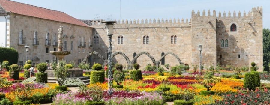 Jardim de Santa Bárbara - nacionalidade portuguesa
