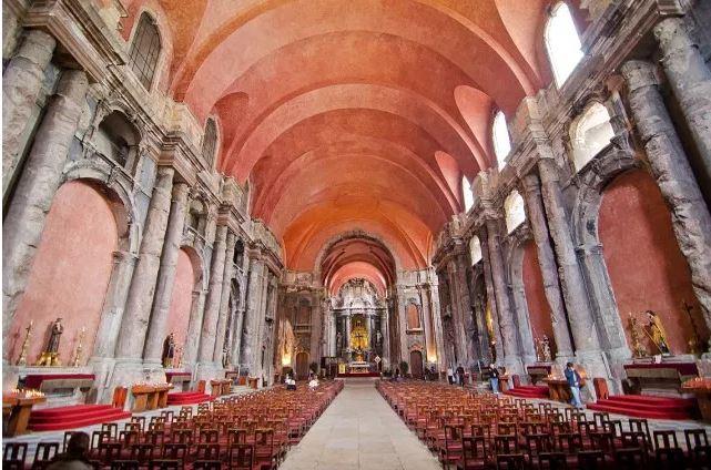 Igreja são domingos Lisboa - Nacionalidade Portuguesa