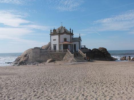 Praia do Senhor da Pedra - Nacionalidade Portuguesa