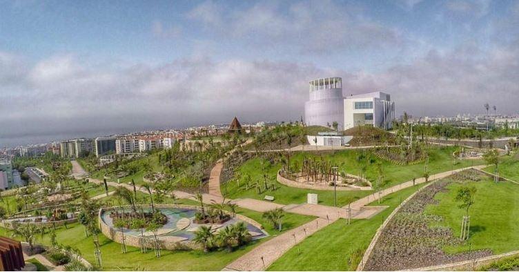 Parque dos poetas oeiras - nacionalidade portuguesa