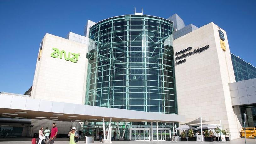 aeroporto de Lisboa - nacionalidade Portuguesa